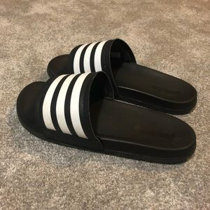 gently used adidas slides women's size 9